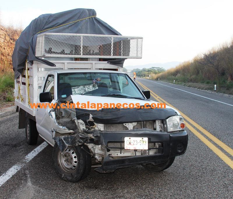 esta-unidad-choco-contra-el-trailer_1024x683