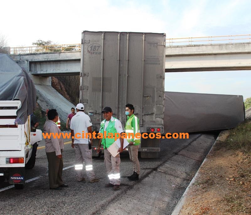 la-carga-le-gano-al-trailer_1024x683