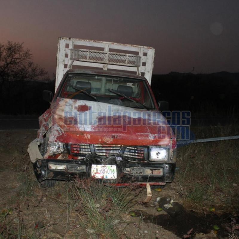 esta-camioneta-impacto-a-la-ford_1333x889