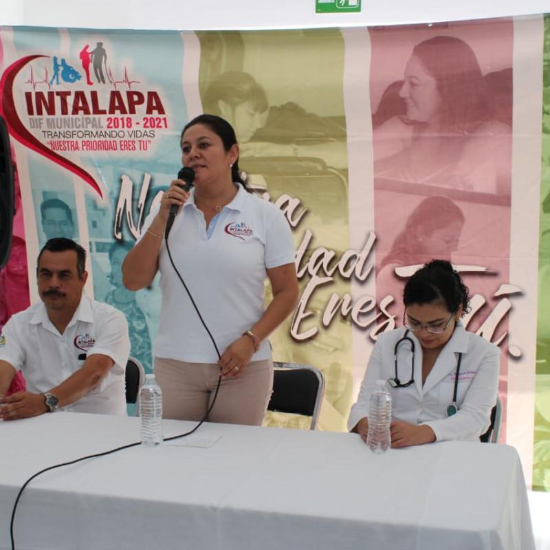 alejandra-aranda-nieto-inaugura-pediatria-1