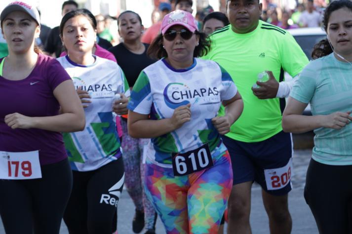 foto-boletin-fge_un-exito-carrera-del-club-corredores-parachicos-y-voluntariado-fge-chiapas-en-chiapa-de-corzo-12_713x475