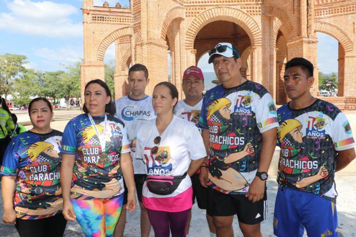 foto-boletin-fge_un-exito-carrera-del-club-corredores-parachicos-y-voluntariado-fge-chiapas-en-chiapa-de-corzo-13_713x475