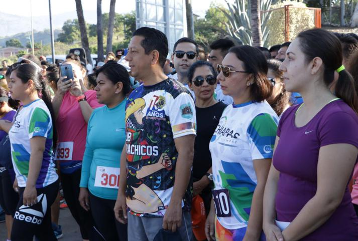 foto-boletin-fge_un-exito-carrera-del-club-corredores-parachicos-y-voluntariado-fge-chiapas-en-chiapa-de-corzo-15_713x481
