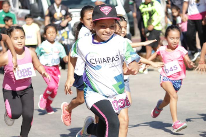 foto-boletin-fge_un-exito-carrera-del-club-corredores-parachicos-y-voluntariado-fge-chiapas-en-chiapa-de-corzo-3_713x475