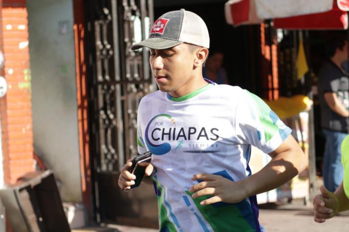 foto-boletin-fge_un-exito-carrera-del-club-corredores-parachicos-y-voluntariado-fge-chiapas-en-chiapa-de-corzo-8_713x475