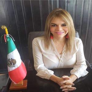 Rosa Irene Urbina Castañeda, como presidenta municipal sustituta de Tapachula, Chiapas