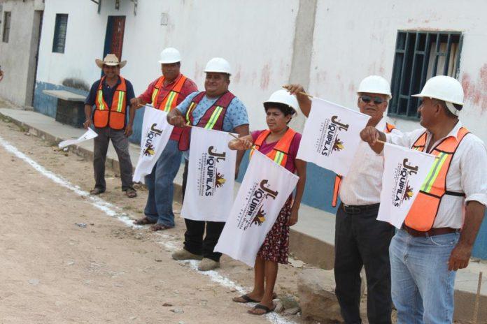 El Edil exhortó a los habitantes de esta comunidad a hacer caso a las indicaciones de las autoridades sobre el tema de la pandemia