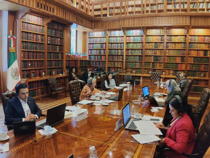 Zoé Robledo, participó en una reunión de trabajo virtual encabezada por la secretaria de Gobernación, Olga Sánchez Cordero, donde se informó sobre la estrategia para el regreso a las actividades económicas en el marco de la Nueva Normalidad.